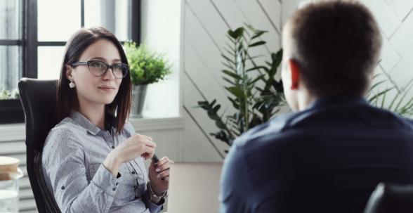 Cómo responder a las preguntas más difíciles en una entrevista